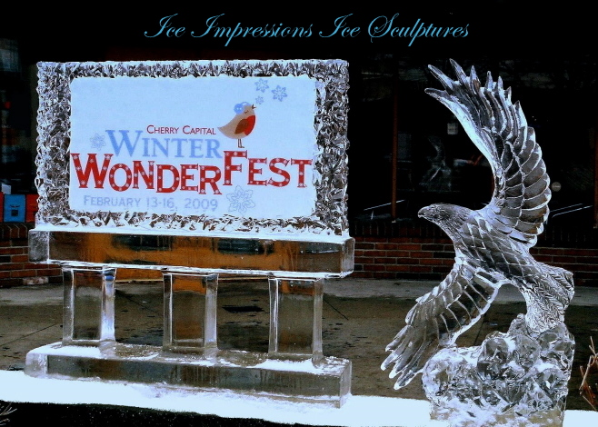 Ice Impressions, Traverse City, Traverse City Ice Sculptures, 2009 WinterwonderFest, Michigan Winter Festivals, Michigan Snow and Ice Festivals, Ice Impressions Ice Sculptures, Northern Michigan Ice Carvings, Northern Michigan Ice Sculptures.