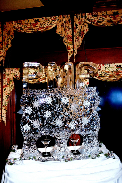 Ice Luge, Double Ice Luge, Ice Impressions, Snowflake Luge, Holiday Celibration Ice Sculpture.