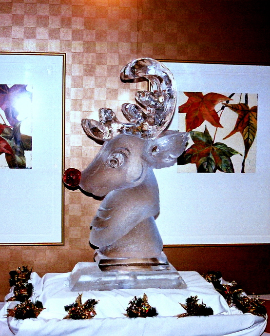 Rudolph The Red Nosed Reindeer Ice Sculpture, Ice Impressions, Ice Impressions Ice Sculptures, Ice Sculpture, Ice carving, Ice Carvings, Ice Sculptures, Traverse City Golf and Country Club.