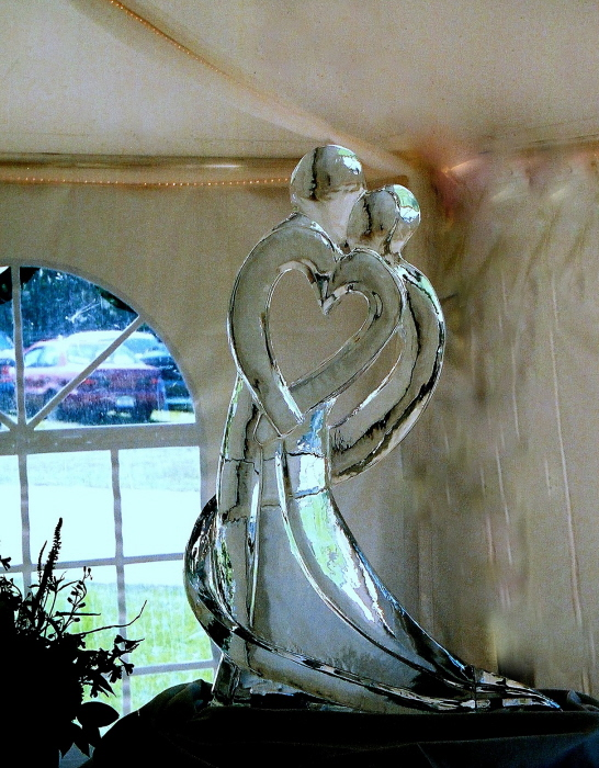 wedding ice sculptures, northern michigan wedding ice sculptures, ice sculpture, ice sculptures, ice impressions, Ice Impressions, Ice Impressions Ice Sculptures, Ice Sculptures, Ice Carvings, Ice Carving, Ice Sculpture, Wedding D&eacute;cor, Wedding Centerpieces, Wedding Flowers, Luxury Weddings, Wedding Ice Sculptures, Ice Sculptures Weddings, Ice Carving Wedding, Chicago Weddings, Ice Carvings for Weddings, Wedding Ice Bar, Ice Bars for Weddings, Northern Michigan Weddings, Winery Weddings, Barn Weddings, Vineyard Weddings, Traverse City Weddings, Wine Country Weddings, Glen Arbor Weddings, Weddings Glen Arbor.