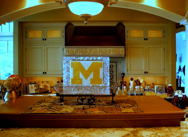 By Ice Impressions, ice-impressions.com, Ice Impressions Custom Special Event Ice Sculptures, Ice Impressions Custom Ice Sculptures, U of M Ice Sculpture, University of Michigan Two Sided Ice Sculpture